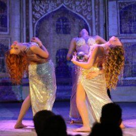 танец-с-шарами-ансамбль-«Хабиби»
