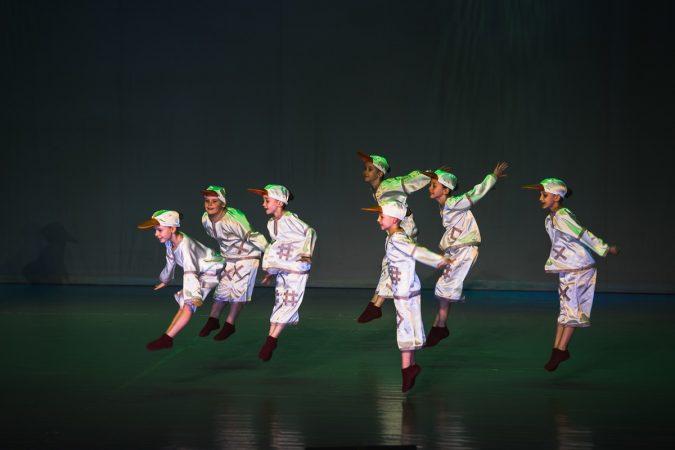 KASTALAN - Dance Express - Geese costume