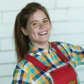 Костюм аниматора Красные комбезы и рубашка в клетку «Семейное кафе АндерСон»